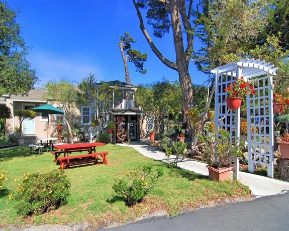Remarkable Bide A Wee Inn And Cottages Pacific Grove Compare Deals Home Interior And Landscaping Ponolsignezvosmurscom