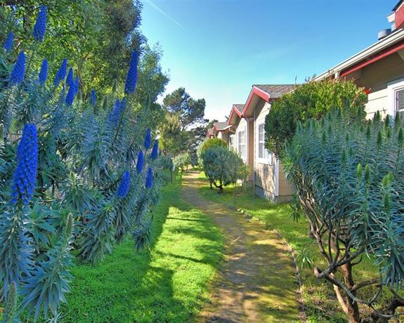 Marvelous Bide A Wee Inn And Cottages Pacific Grove Compare Deals Download Free Architecture Designs Sospemadebymaigaardcom