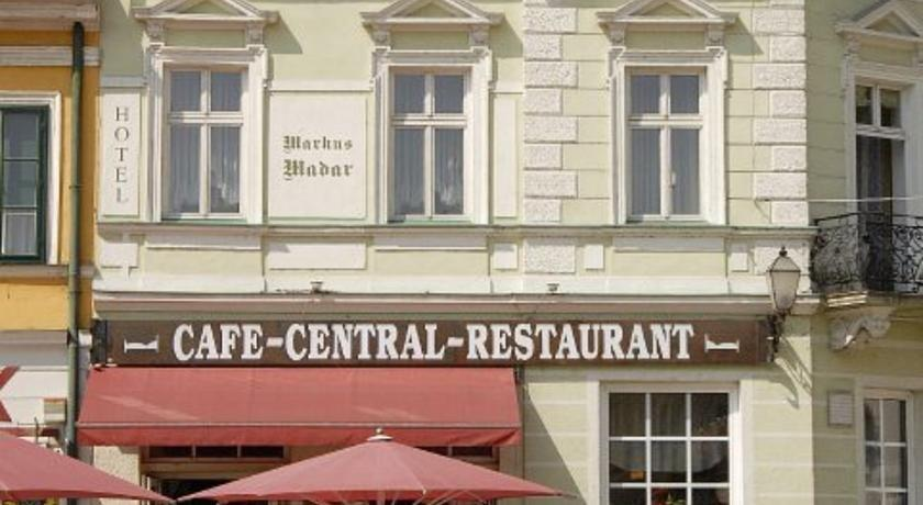 Madar Cafe Central Melk