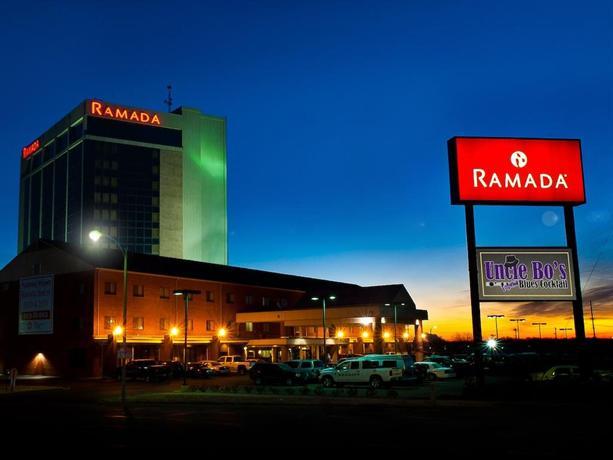 Ramada Hotel Downtown Topeka