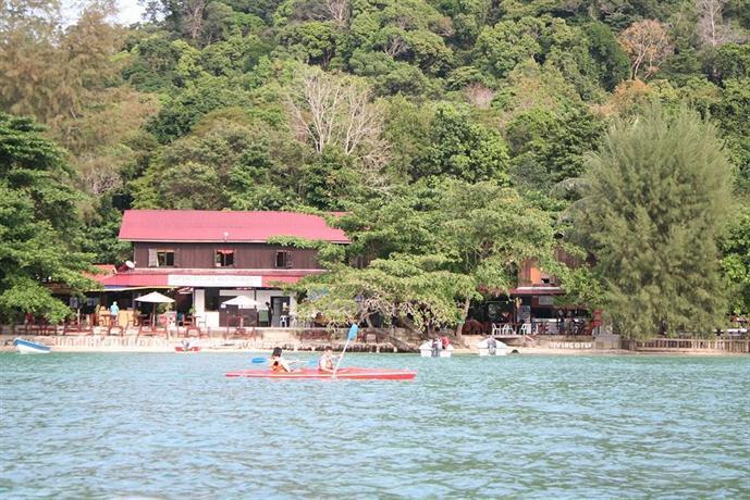 Watercolours Resort & Dive Centre
