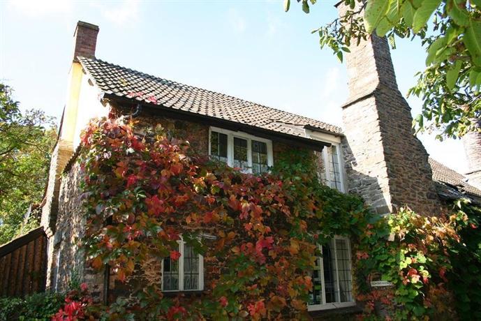 Tudor Cottage Selworthy