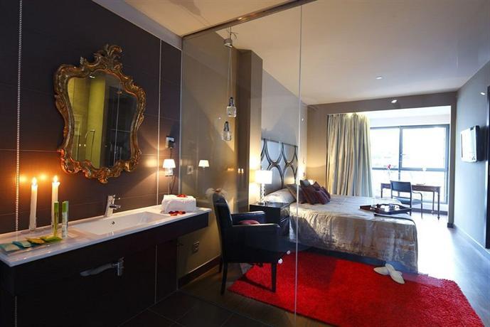 Hotel Axis Отель Аксис