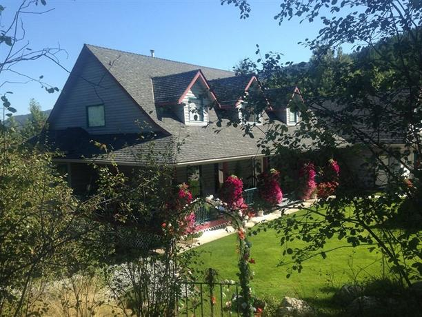 Eagles Nest Bed And Breakfast Kelowna