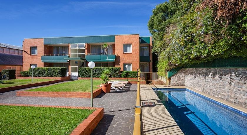 Apx Apartments Parramatta Sydney Compare Deals