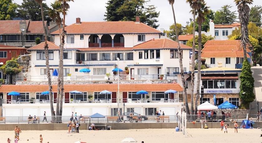 About Casablanca Inn On The Beach