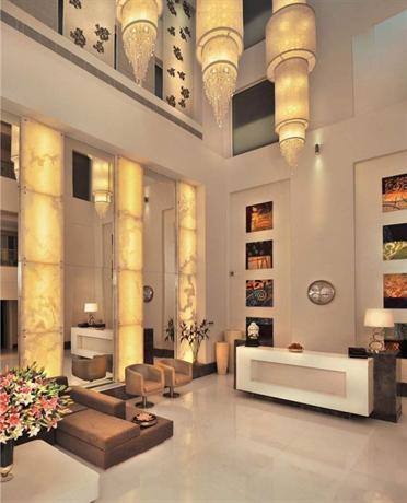 The ashtan sarovar portico new delhi ipagkumpara ang for Porticos sa