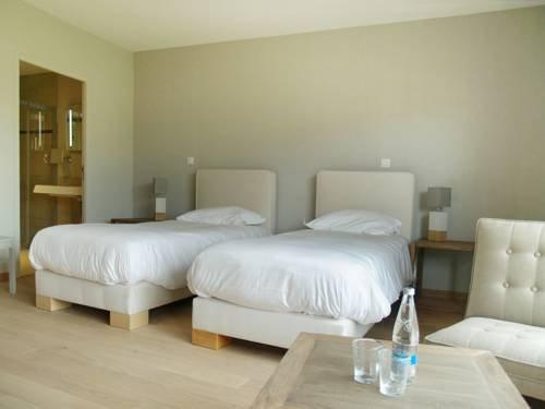 chateau de sable porspoder compare deals. Black Bedroom Furniture Sets. Home Design Ideas