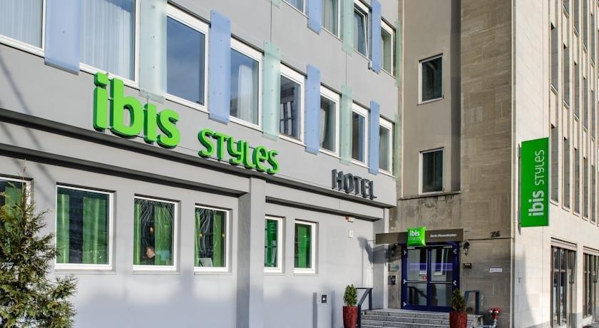 מלון אייביס סטיילס ברלין אלכסנדרפלאץ (כיכר אלכסנדר) צילום של הוטלס קומביינד - למטייל (2)