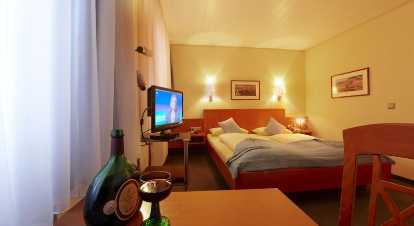 Hotel franziskaner w rzburg die g nstigsten angebote for Hotel wurzburg zentrum
