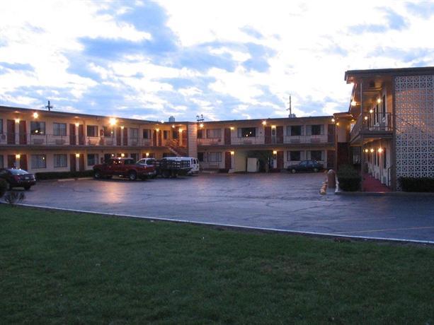 campus inn west lafayette compare deals. Black Bedroom Furniture Sets. Home Design Ideas