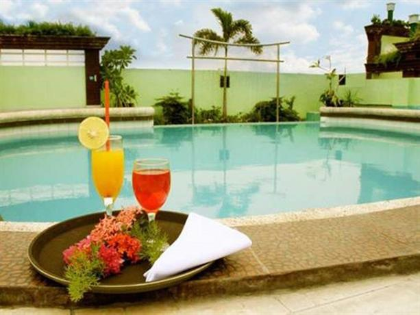 Urban Travellers Hotel Pasay City Compare Deals