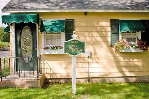 The English Inn Eaton Rapids