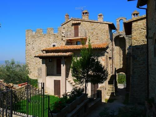 castello di cisterna black dating site Where does he live and what does vincenzo montella own weird coach from castello di cisterna cars + is he married, dating or gay wife.