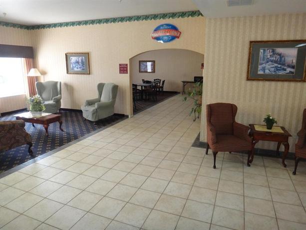 Baymont Inn & Suites North Aurora