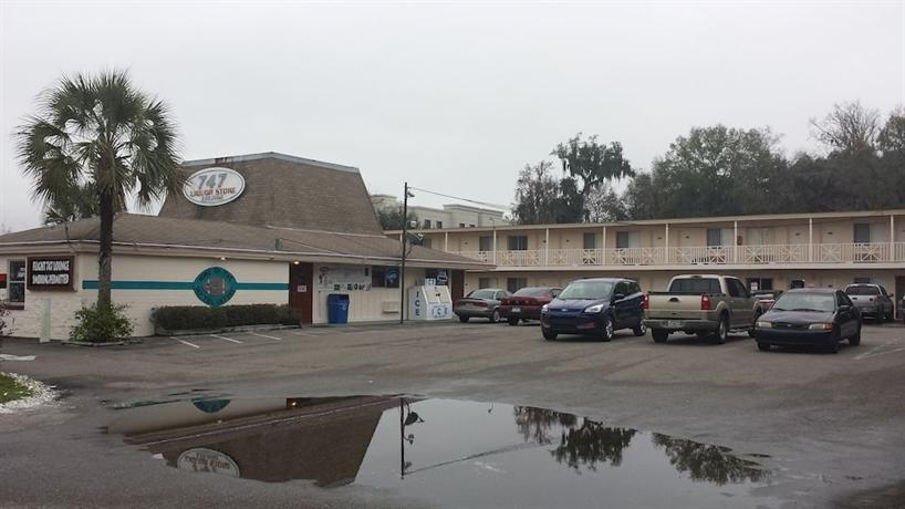 Airport Motor Inn Jacksonville Compare Deals