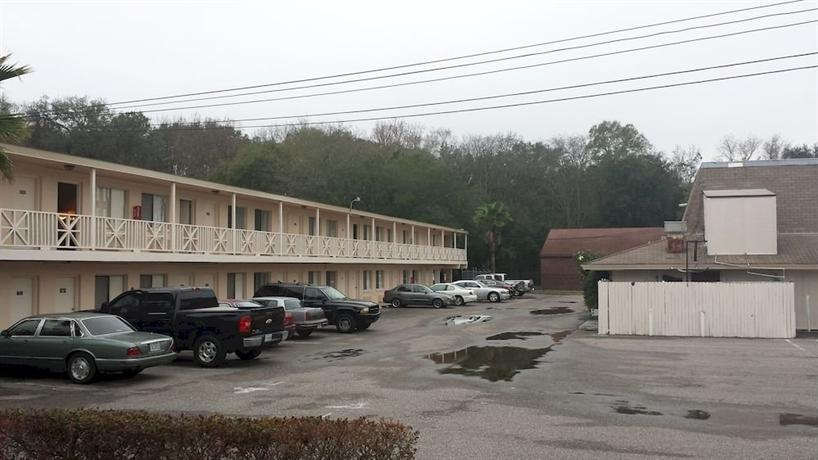 airport motor inn jacksonville compare deals