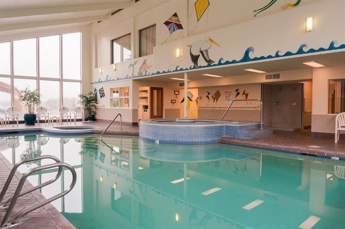 About Hallmark Resort In Cannon Beach