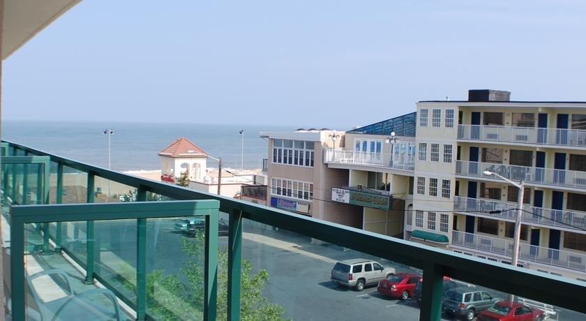 Atlantic Sands Hotel & Conference Center, Rehoboth Beach - Compare Deals