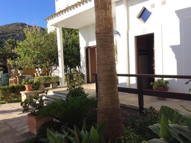 Hotel Dona Lola Zahara
