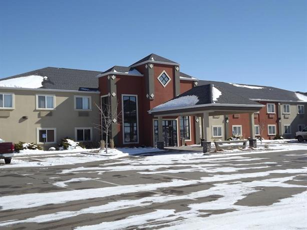 Howard Johnson Inn & Suites Oacoma