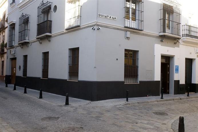 Life Apartments Quintana