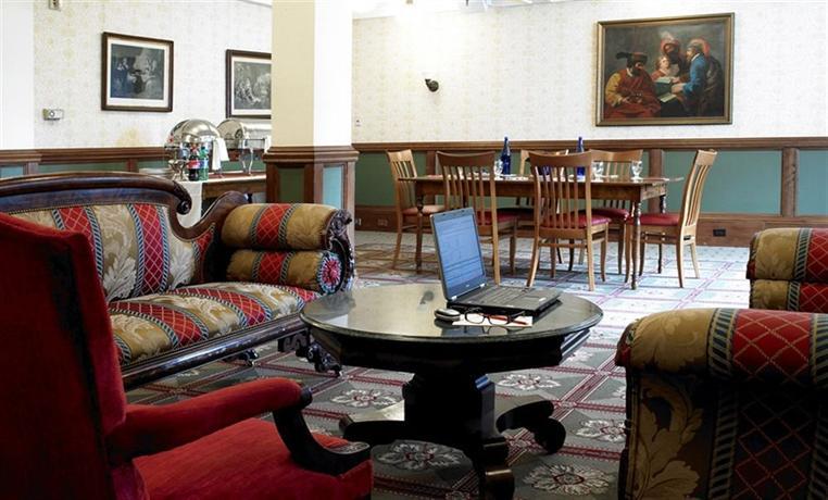 red lion inn stockbridge massachusetts compare deals. Black Bedroom Furniture Sets. Home Design Ideas