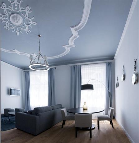 Apartment 6 rooms 1070 vienna compare deals for Design hotel 1070 wien