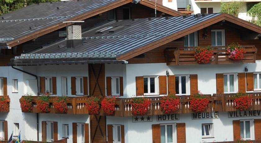 Meuble villa neve hotel cortina d 39 ampezzo compare deals for Hotel meuble villa neve cortina