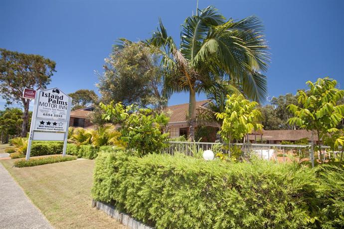 Island palms motor inn forster compare deals for Island motor inn resort