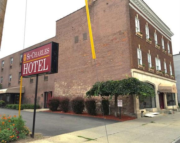 St Charles Hotel