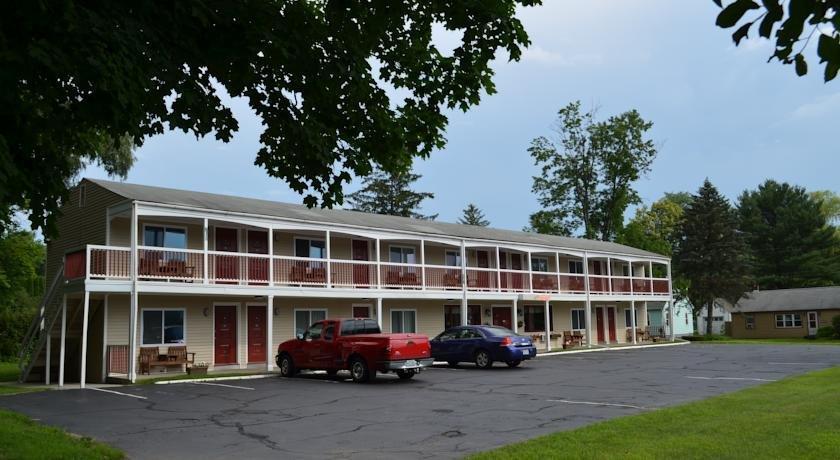 Cozy Corner Motel