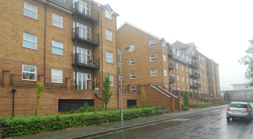 Cotels Luton Serviced Apartments - The Academy