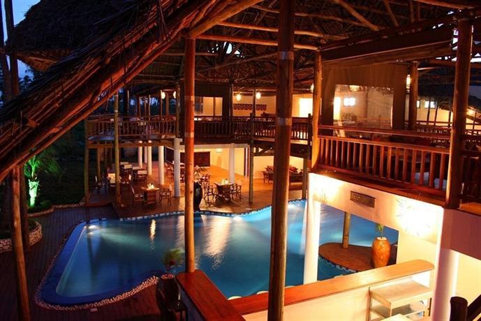 About Azanzi Beach Hotel
