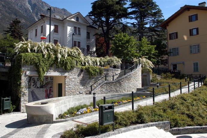 Hotel Foyer Saint Vincent : Hotel olympic saint vincent italy compare deals
