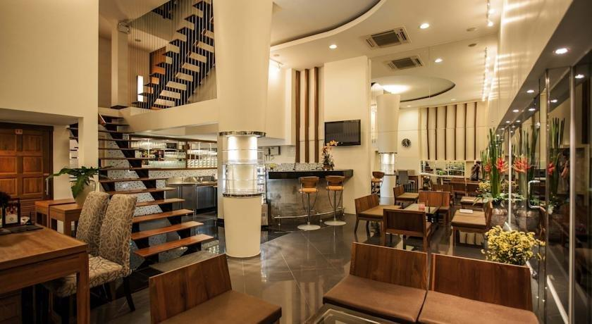 The sila boutique bed breakfast chiang mai compare deals for Boutique bed breakfast