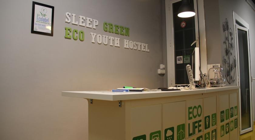 Sleep Green - Certified Eco Youth Hostel Hotel - room photo 8732326