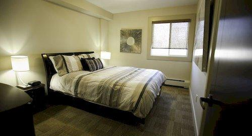 Corporate Suites of Calgary - Eightwelve
