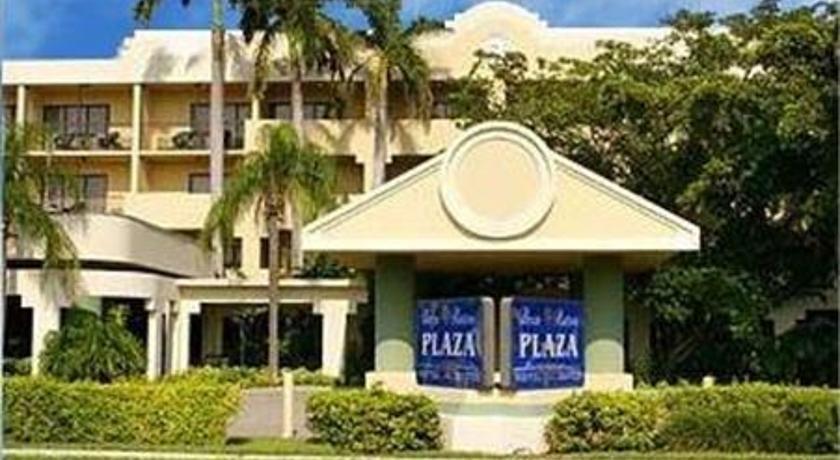 Boca raton plaza hotel and suites compare deals for A suite salon boca raton