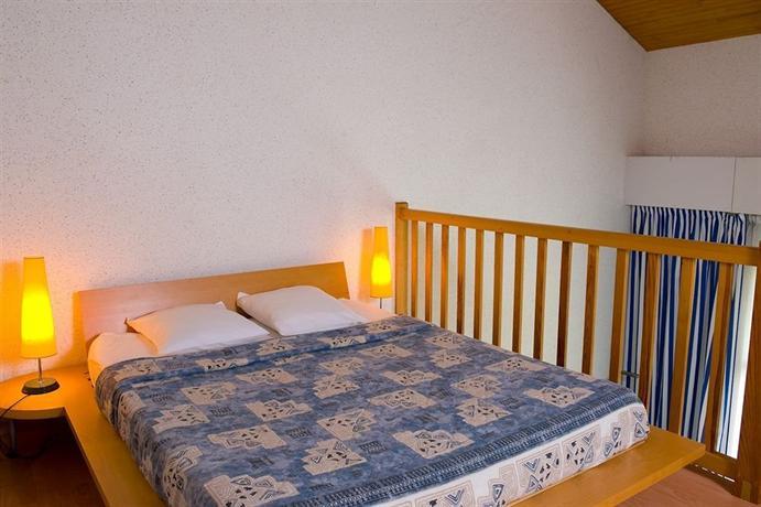 Madame vacances residence du golf et appartements et for Appartement et maison chaville