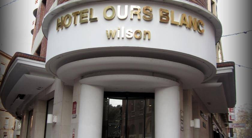 hotel ours blanc wilson toulouse compare deals. Black Bedroom Furniture Sets. Home Design Ideas