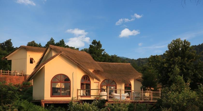 Scenery Retreats Dongjiang Lake Villa Resort
