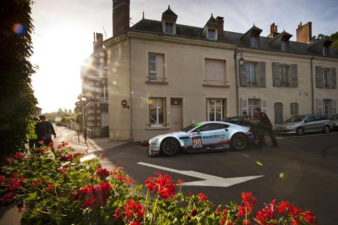 Logis De France Hotel La Chartre Sur Le Loir Compare Deals