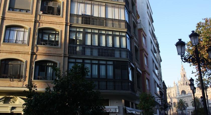 Apartamentos Avenida Seville