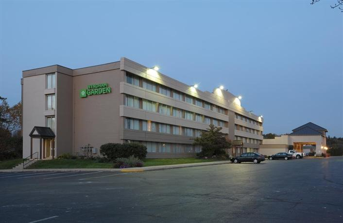 Clarion Hotel at Exton
