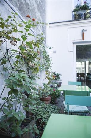 La maison montparnasse paris compare deals for Maison de la literie montparnasse