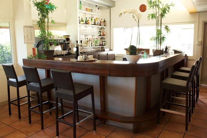 La table de cana gradignan compare deals - Hotel la table de cana gradignan ...