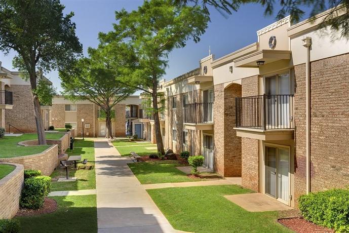 Isola Bella Apartments Oklahoma City