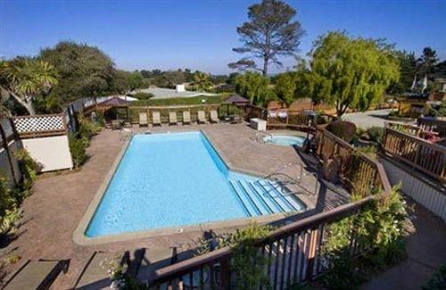 Mariposa inn and suites monterey compare deals for Pool show monterey