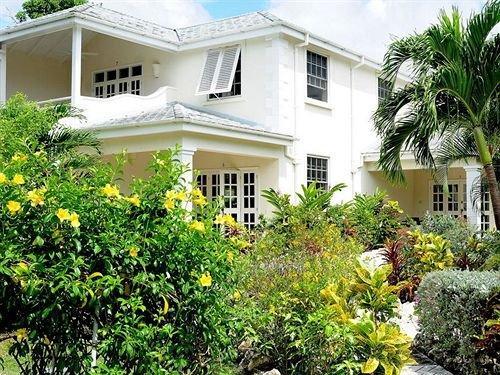 Shades Holiday Apartments